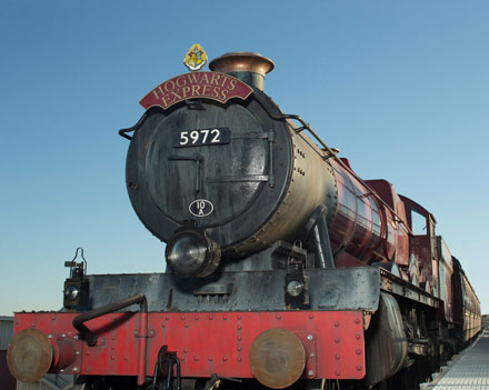 Universal Releases New Info About Hogwarts Express!