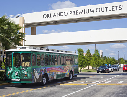 I Ride Trolley driving past Orlando Premium Outlets